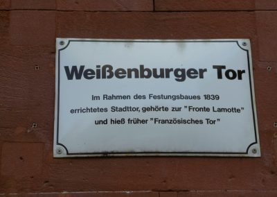 AusflugGermersh.-Weisenb.Tor-Schild-1